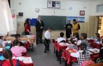 Zeytinburnu Belediyesi'nden 20 Bin Öğrenciye Kırtasiye Yardımı