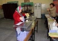 HÜSEYIN BOZKURT - Zonguldak'ta Bir Mahallede Seçmenler İki Kez Oy Kullandı