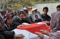 Kayıp Denizcinin Cenazesi Bir Yıl Sonra Memleketinde Defnedildi