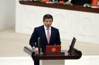 MİLLETVEKİLİ YEMİN TÖRENİ - Başbakan Ahmet Davutoğlu Erken Yemin Etti