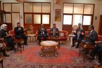 AKMESCIT - Vali Bektaş Huzurevi Sakinleriyle Buluştu