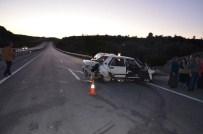 İSMAIL KARAKÖSE - Orta Refüje Çarpan Araçta 6 Kişi Yaralandı