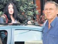 HAKAN MERİÇLİLER - Kızından 10 yaş küçük kızla görüntülendi