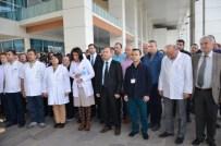 ERDINÇ ACAR - Samsun'da Öldürülen Doktor İçin Bafra'da Basın Açıklaması Yapıldı