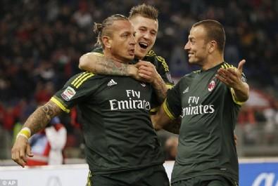 Lazio'ya Milan şoku!
