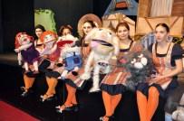 BREMEN MıZıKACıLARı - Bremen Mızıkacıları Tiyatro Severler İle Buluştu