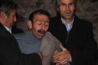 BAHATTİN ÇELİK - Ardahanlı Şehidin Baba Ocağına Ateş Düştü