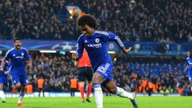 Willian Chelsea'yi ipten aldı!