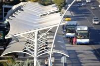 Metro İstasyonu Aktarma Alanına Korunaklı Durak