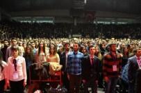 RESUL DİNDAR - Atatürk Üniversitesi Öğrencileri Vize Stresini Resul Dindar Konseriyle Attı