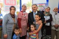 SAĞLIK KARNESİ - Melikgazi Belediye Başkanı Büyükkılıç Vatandaşlarla Bir Araya Geldi