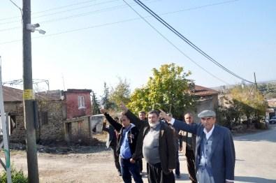 Hırsızlardan Bıkan Muhtar Köye Kamera Sistemi Taktırdı