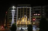 GÖZTEPE PARKI - Konak'ta Yeni Yıl Işıltısı