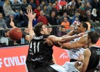 VANGELIS - Beşiktaş Uzatmalarda Yenildi