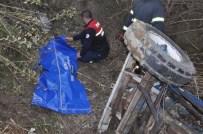 ALI ERDOĞAN - Traktörün Devrildi Açıklaması 1 Ölü, 2 Yaralı