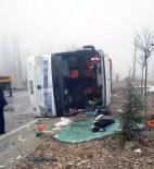 Afyonkarahisar'da Yolcu Otobüsü Devrildi Açıklaması 2 Ölü, 23 Yaralı