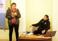 SEDAT YILMAZ - Şair Sedat Yılmaz Açıklaması 'Duyarlılığımızı Kaybetmemek İçin Şiir Okuyup, Yazıyoruz'