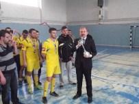 MEHMET KALE - Gediz Mna Anadolu Lisesi Kütahya Futsal Yarışmalarında İl Birincisi