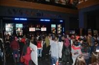 ŞİNASİ YURTSEVER - İndirimli Film Keyfine Yoğun İlgi
