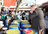 ÜMİT AKTAŞ - Giydiği Şalvarla Zeytin Yiyen Canan Karatay'a Gaziantep'ten Destek