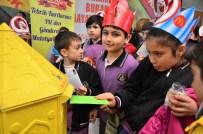 MEHMET KAVUK - Tebrik Kartları PTT'den, Göndermesi Malatya Parktan