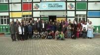 AK Parti'den Kumru'da 30 Çocuğa Giyim Yardımı