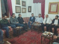 FATIH AKBULUT - Mevlevi Evi'nde Üniversite Gençliği Konuşuldu
