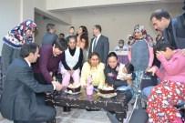 HATİCE BAYAR - Engelliler Gününü Pasta Keserek Kutladılar