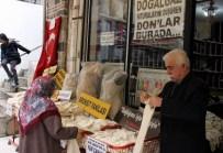 KAR UYARISI - Kar Kapıya Dayandı, Vatandaş Isınmak İçin Yün İç Çamaşırlarına Hücum Etti