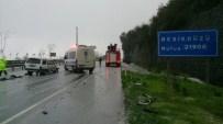 Trabzon'da Ters Yola Giren Otomobil Kaza Yaptı Açıklaması 1 Ölü, 3 Yaralı