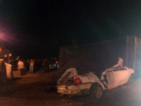 BATMAN BELEDIYESI - Otomobil İle TIR Çarpıştı Açıklaması 4 Ölü, 2 Yaralı