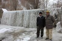 GÖKÇEDERE - Doğu Anadolu'da Dereler Buz Tuttu