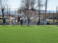 Emetspor, Hisarcık Belediyespor'u 2-0 Yenerek Liderliğini Sürdürdü