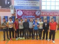Gençler Bilek Güreşi Yarışmasında Gölköy Altın Madalyaları Topladı
