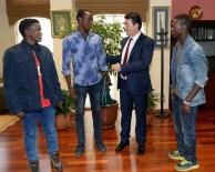 LİSE EĞİTİMİ - Osmangazi'den Somalili Öğrencilere Yardım