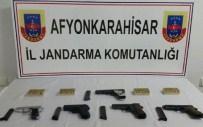 YOLKONAK - Sandıklı Jandarmadan Kaçak Tabanca Ve Mermi Operasyonu