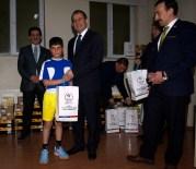 NEDIM AKMEŞE - Vali Taşyapan Sporcuları Ödüllendirdi