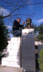 PıNARDERE - Fen İşleri Müdürlüğü Atatürk Büstünü Onardı