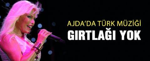 'Türk müziği gırtlağı Ajda'da yok'