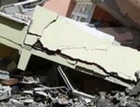 MERSIN - Mersin'de bina çöktü! Çok sayıda yaralı var
