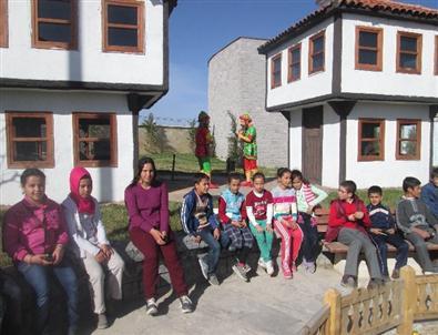 """Tuzlukçu'da 'Kitap Kurdu"""" Kampanyası"""