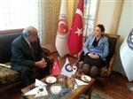 ENGELLİLER KONFEDERASYONU - Turhan İçli'den Nezaket Emine Atasoy'a Teşekkür Ziyareti