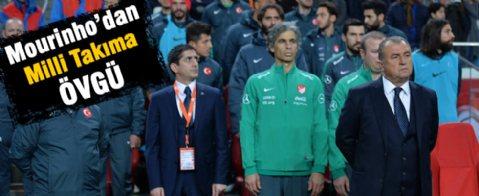 Moruinho Milli takımı övdü