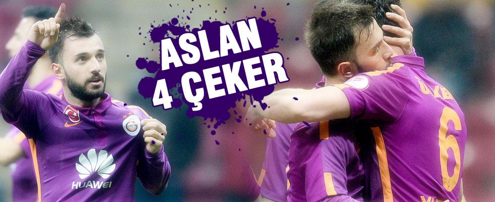 Galatasaray derbi öncesi dörtledi...