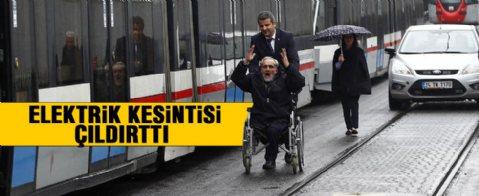 Taksim'de metro seferleri durdu