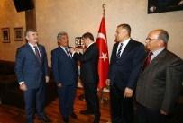 Akören Belediye Başkanına Rozetini Başbakan Taktı