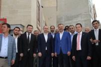 OKTAY SARAL - Ak Parti İstanbul Milletvekili Oktay Saral'a Esenlerde Sevgi Seli