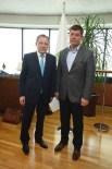 Gömeç Belediye Başkanı Arslan, Başkan Uğur'u Ziyaret Etti