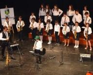 BARIŞ MANÇO - Başak Koleji'nde Küçüklerden Müzik Resitali