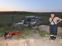 Uşak'ta Kamyon İle Otomobil Çarpıştı Açıklaması 1 Ölü, 2 Yaralı